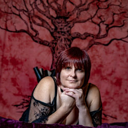 Tantra therapist in Kent